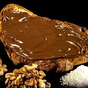 Bruschetta con Nutella e granelle a scelta Cocco, Pinoli, Noci