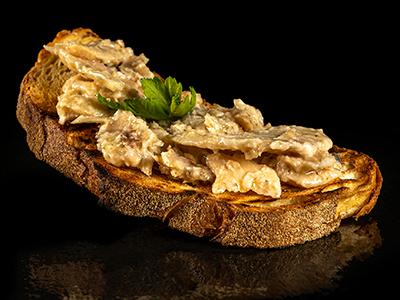 Bruschetta con Baccalà, prezzemolo, olio extra vergine Veneto Valpolicella DOP